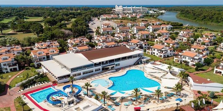 200m2 Villa at Royal Golf Villas