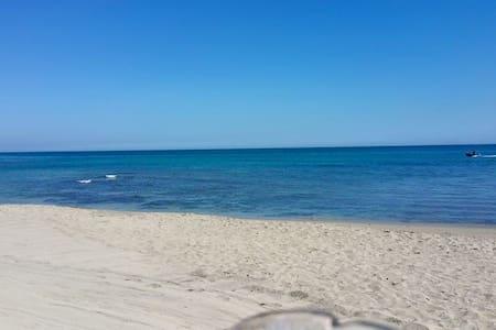 casa vacanze Gioia - San Cataldo - Huoneisto