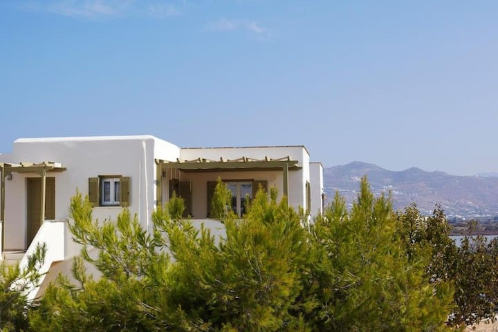 R850 Villa with Garden View & Pool view Breakfast Ink
