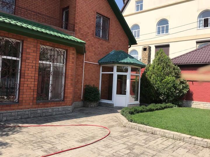 Красивый и комфортный дом на Чёрном море