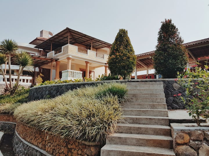 Traditional Villa in Puncak with Spacious Gardens