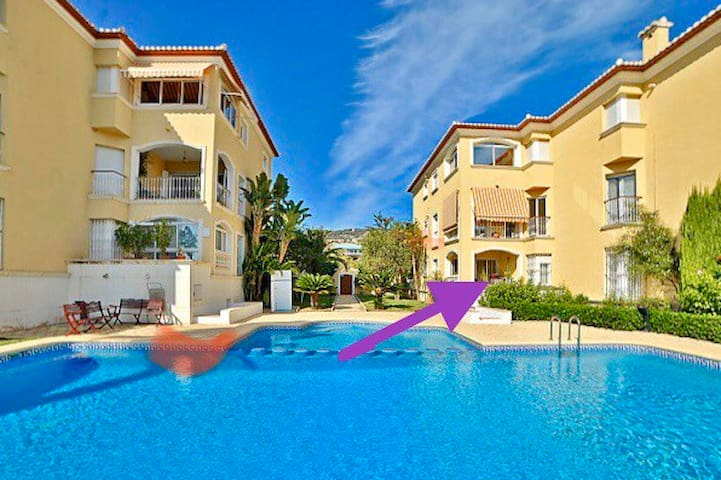 Chic Apartment 6 people at the beach/port of Javea