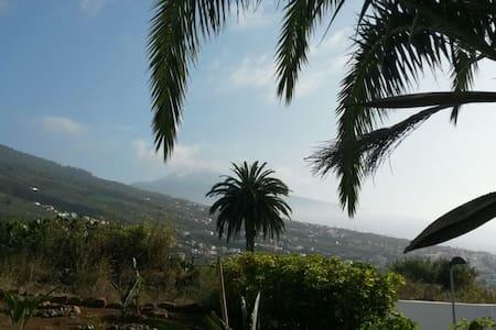 Beautiful 4 bed apartment with Teide view - La Victoria de Acentejo