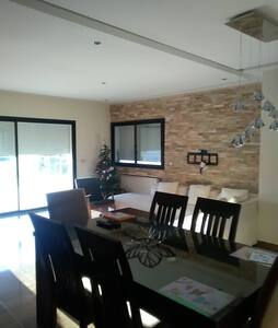 Logement lumineux & confortable - La Soukra