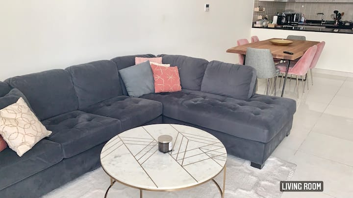 Amazing 1 Bedroom in Meydan - Modern & Furnished !