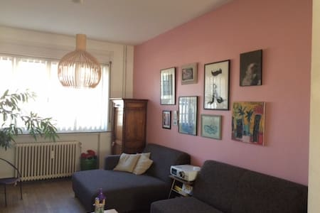Cosy House Brussels - Ideal Location - Saint-Gilles - Stadswoning