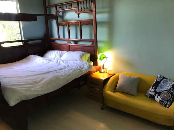 紅眠床復古房