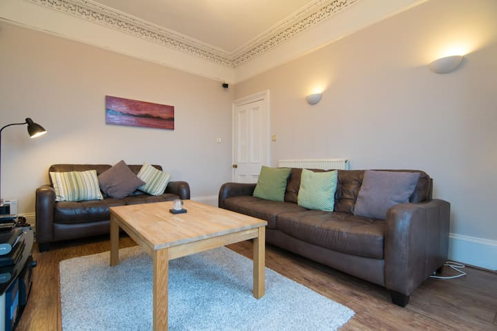 Spacious Gourock flat with river views