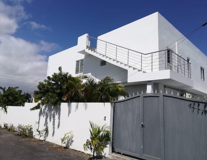 VILLA VIDOLAH : Villa luxueuse  Calodyne