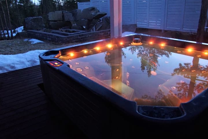 Appartment with outdoor Jacuzzi