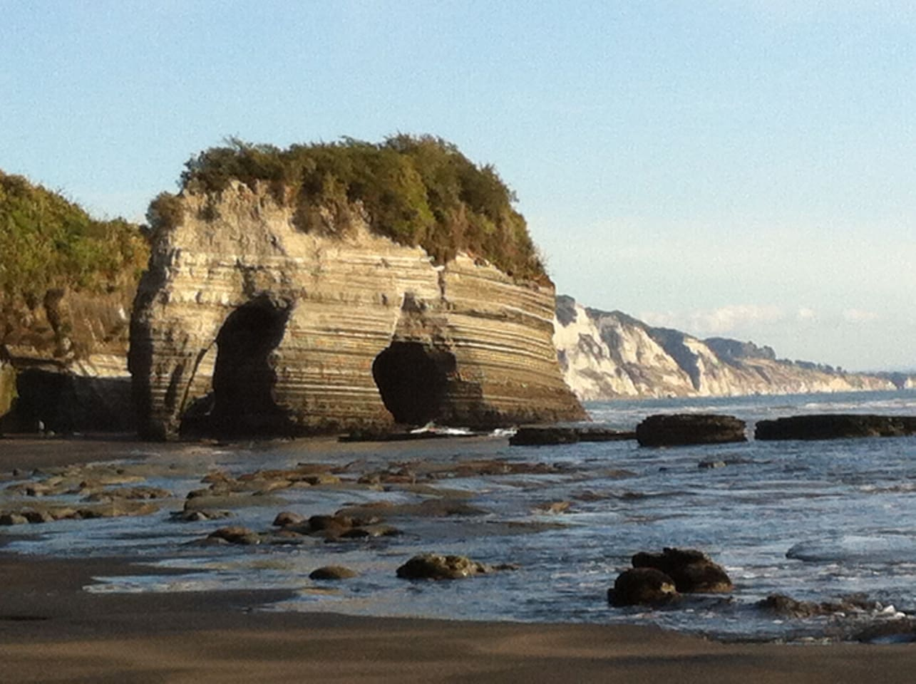Elephant Rock has now lost his trunk! But he and the Three Sisters are a feature of Tongaporutu Beach with the White Cliffs in the background