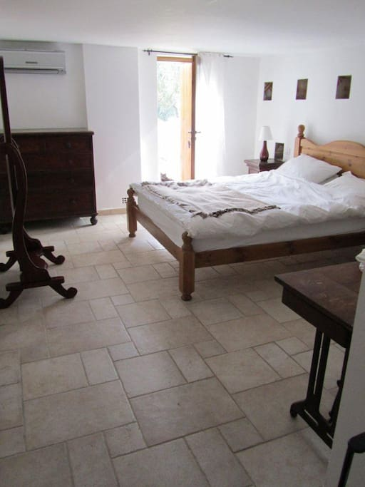 Dove Cote Bedroom with ensuite