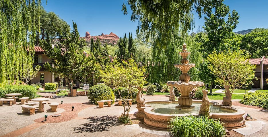 Arroyo Roble Resort is downtown Old Sedona.