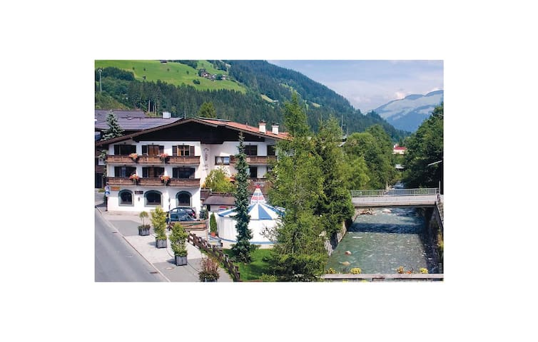 Holiday apartment with 1 bedroom on 40m² in Kirchberg