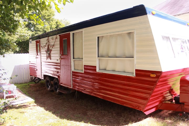 """Come """"Glamping"""" in charming West Fork, NWA!!!"""