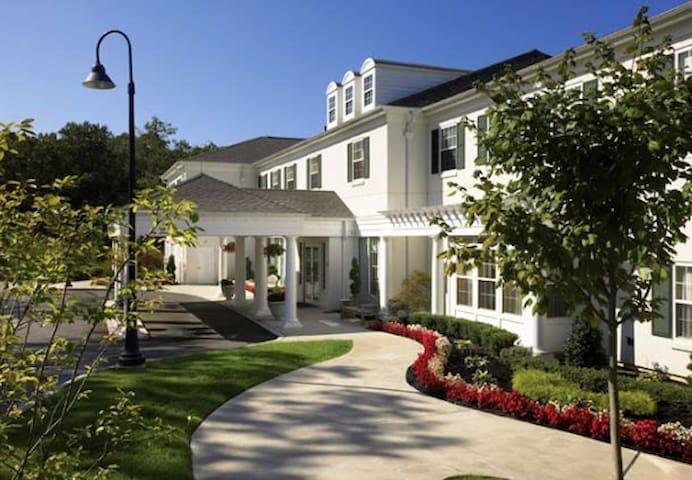 Marriott Fairway Villas for golf, beaches, casinos