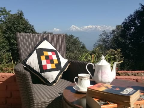 WFH Ready - Himalayan View Family Cottage