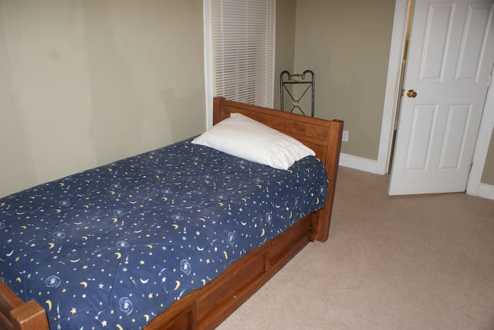 Single 3rd bed