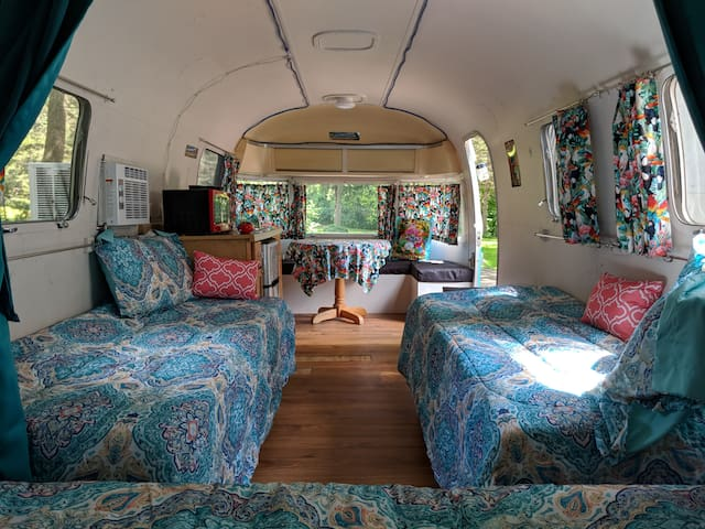 1976 Airstream Argosy  (New River Nearby)