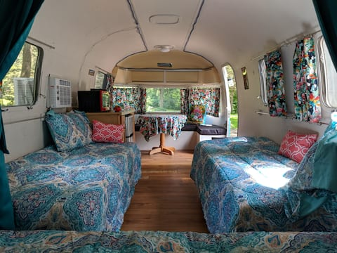 New River Cabins & Tiny houses - Airstream