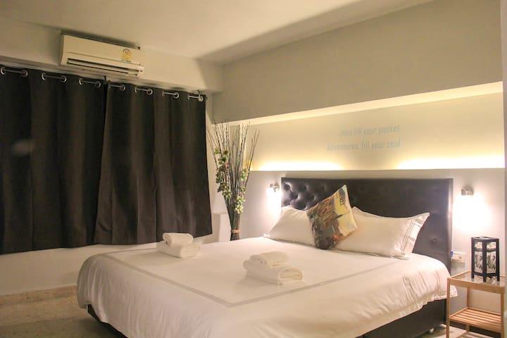 Luxury mattress and latex pillow
