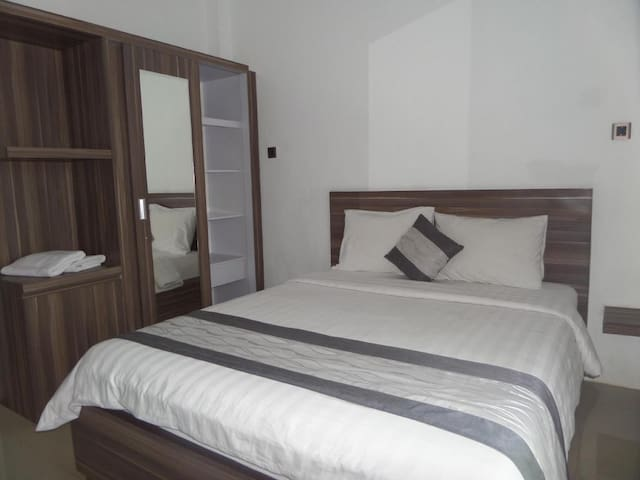 Double bedroom 5 km from dreamland beach