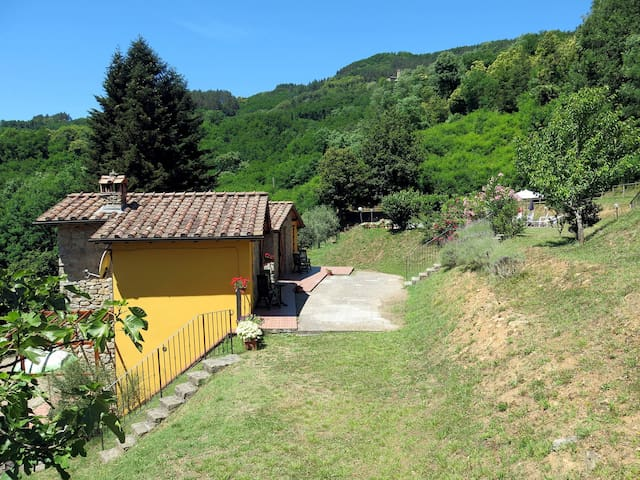 Detached house Le Capanne for 4 persons