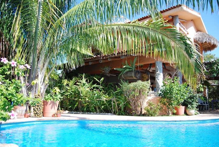 Casa ATZCALLI | Chachalacas Room