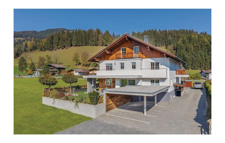 Holiday apartment with 1 bedroom on 38m² in Flachau