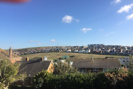 A beautiful single bedroom Brighton - Saltdean