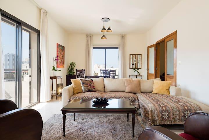 Hamra Exquisite 3 BD Apartment