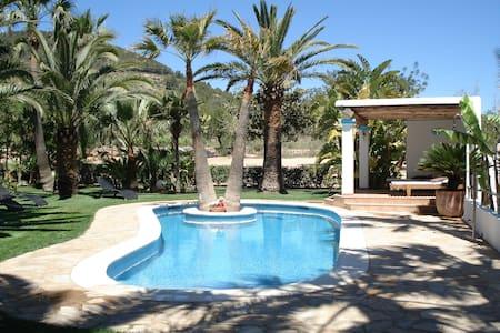 Ibiza BEAUTIFUL house with pool!! - Sant Josep de sa Talaia