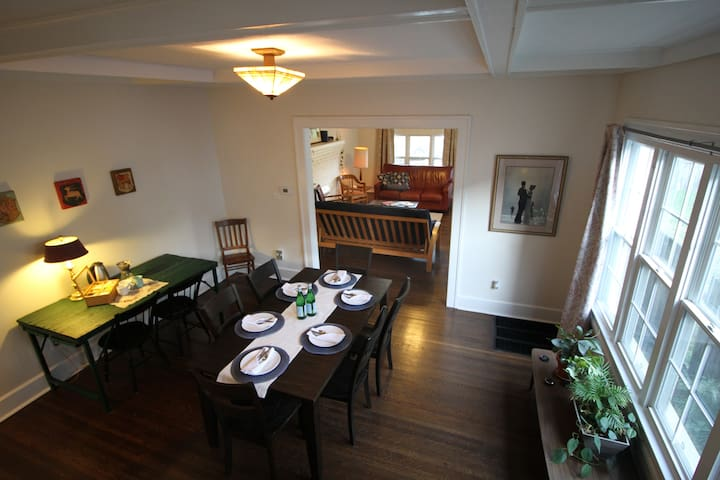 Fall Creek Escape - 3BR Near Most Indy Attractions