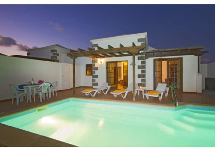 """Beautiful House """"Casa Morgana"""" with Private Pool, Bbq and Wifi"""