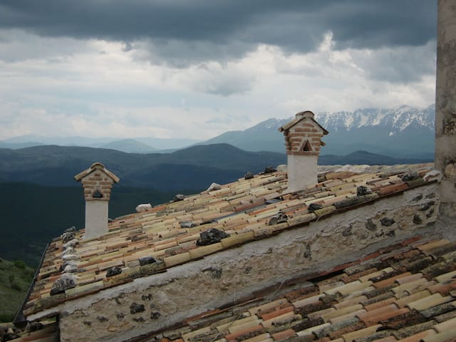 Astonishing and unknown Abruzzo! - Calascio