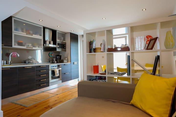 Sunny and quiet central apartment - Feira da Ladra - Lisboa - Apto. en complejo residencial