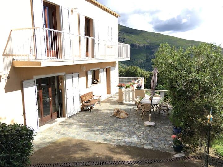 Chambre d'hôtes à Bastia ,calme vue exceptionnelle