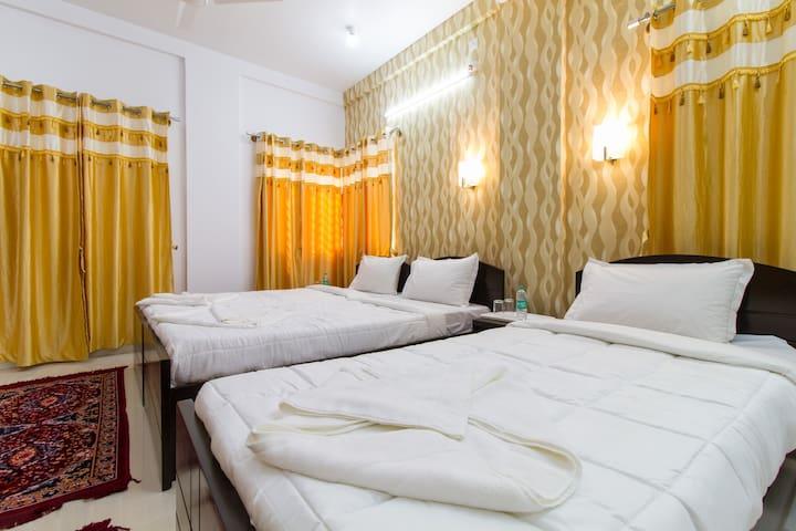 Triple bed Room in the ground floor