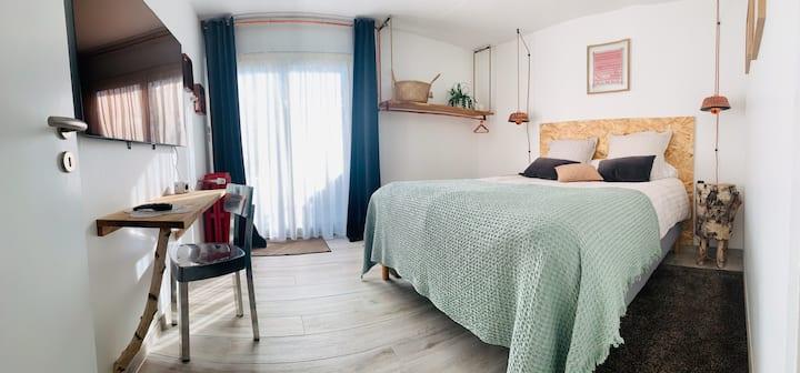 Chambres avec espace privé - piscine / jardin
