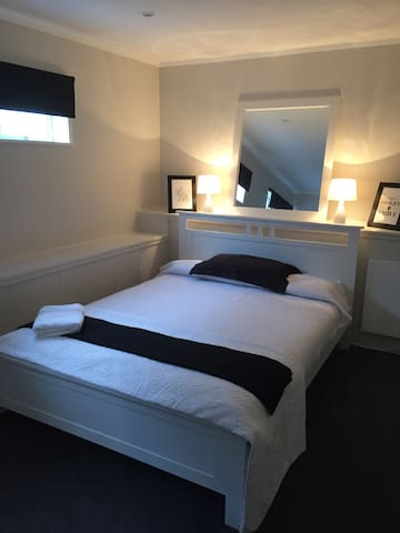 Double Bedroom in Jaemont Modern and new