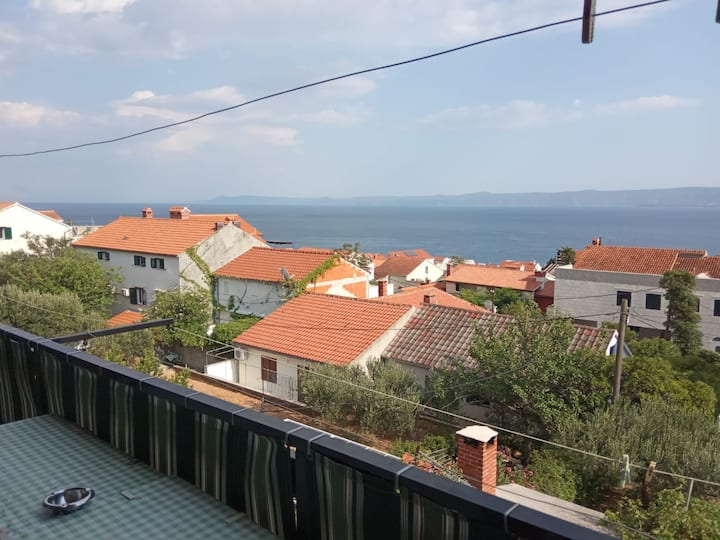 apartman 2sea wiew and peace velik balkon