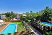 Brand new swimming pool, now have 2 x pools at the Retreat with mountain views