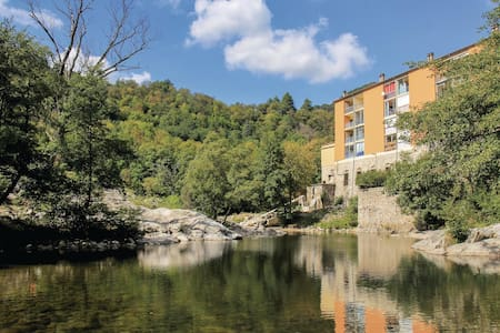 Holiday apartment with 1 bedroom on 46m² in Vals les Bains