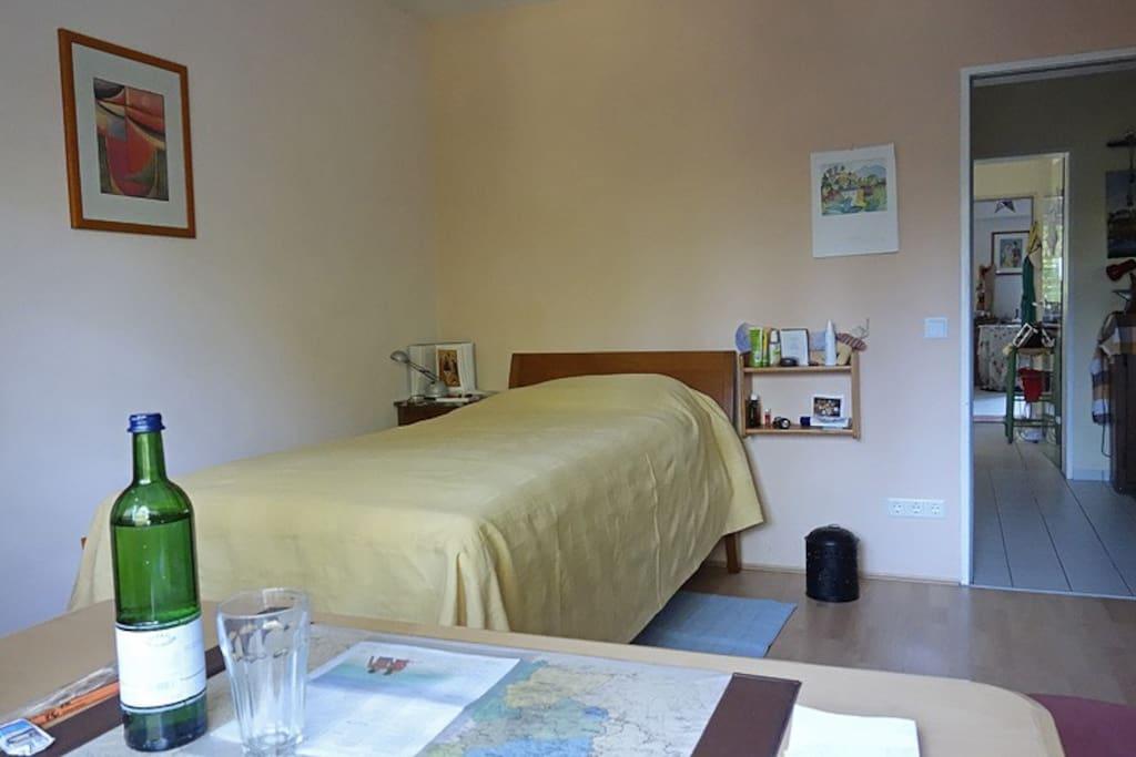 wg zimmer in bonn beuel apartments for rent in bonn. Black Bedroom Furniture Sets. Home Design Ideas