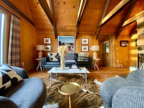 Balmoral Lodge:  Luxury Mountain Home/Views