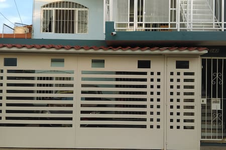 La casa azul - Planta Baja - Estacionamiento