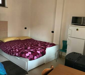 Indipendent room  20 minutes to malpensa airport
