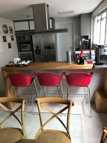 Lindo apartamento no Itaim Bibi, novo e moderno. - São Paulo - Apartamento