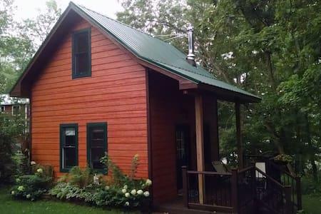 Berrywood Acres Cabin