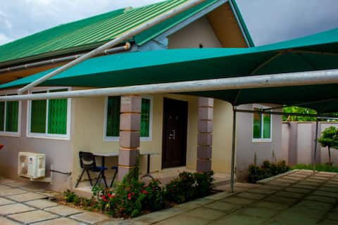 Well secured, quiet and comfortable 3bedroom house